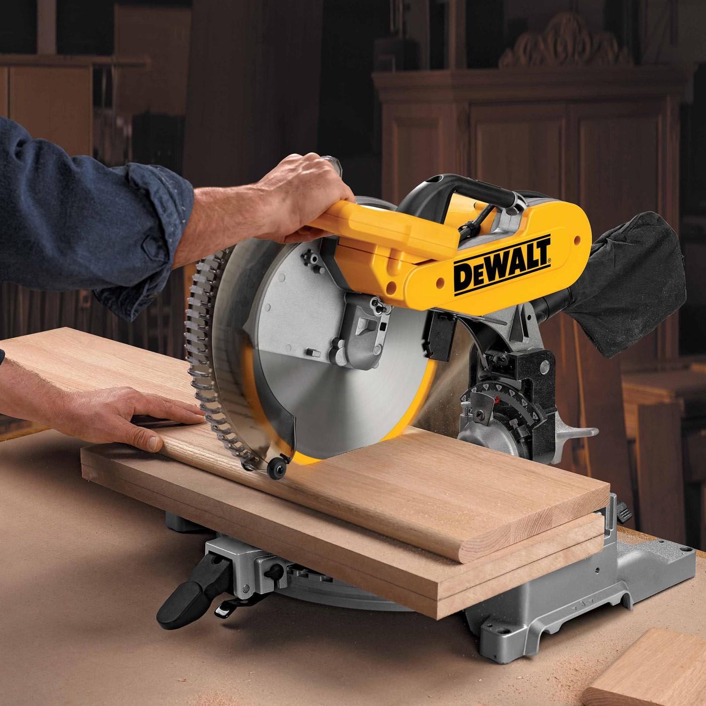 dewalt dw716 12 heavy duty double bevel compound miter saw. Black Bedroom Furniture Sets. Home Design Ideas